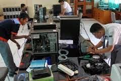 Bisnis Service Laptop