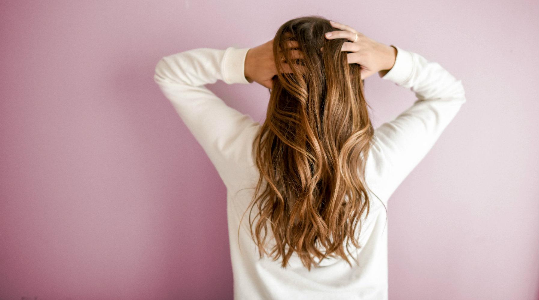 Menjaga Kesehatan Rambut dan Kulit Kepala
