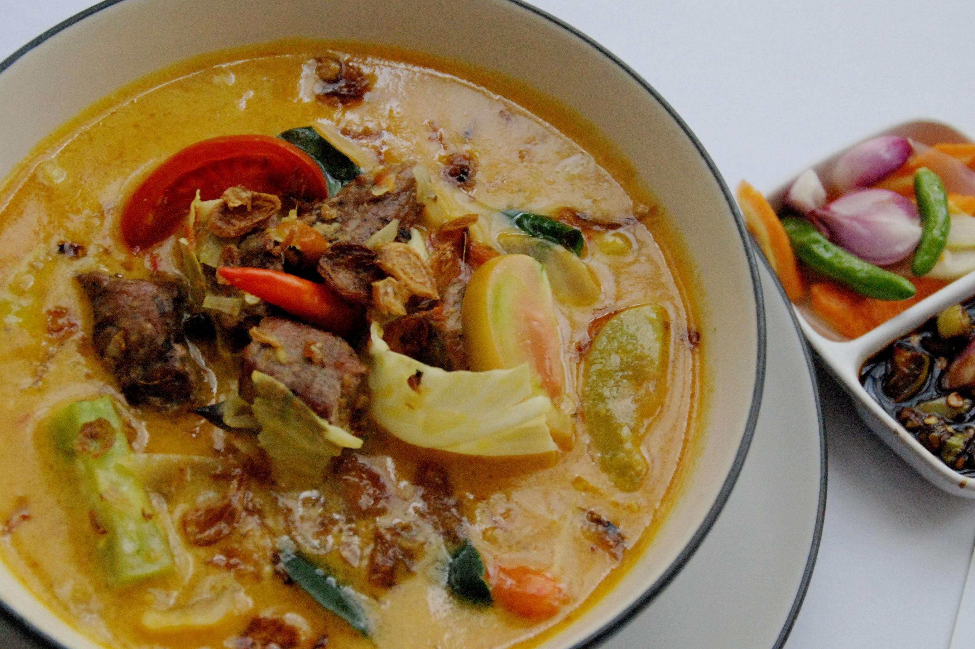 Resep Tongseng Ayam Sederhana Yang Begitu Khas Daerah