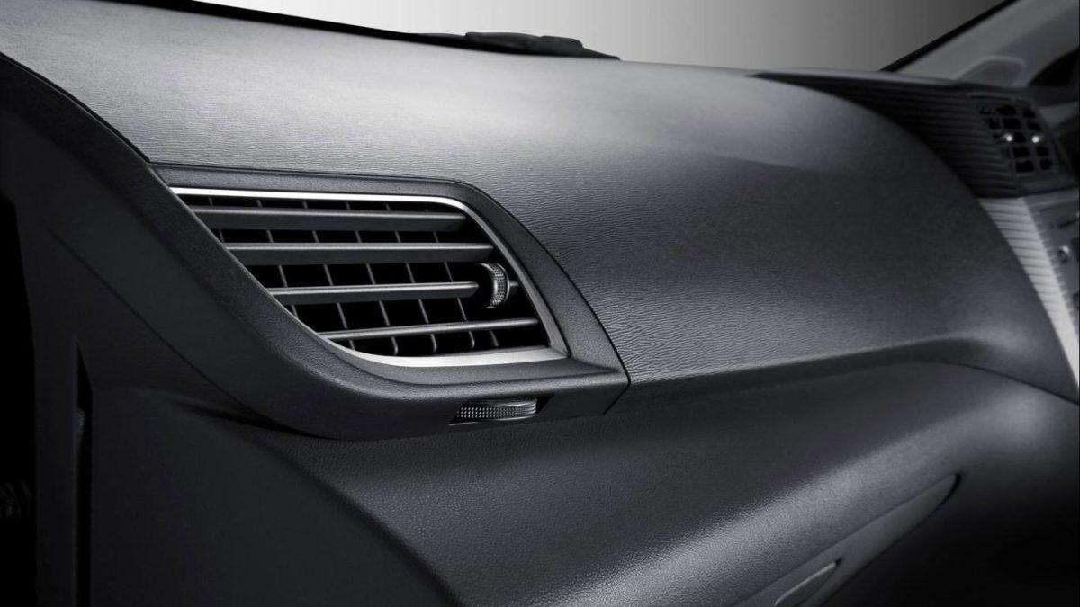 Cara Memperbaiki AC Mobil Bocor Mudah di Lakukan Sendiri