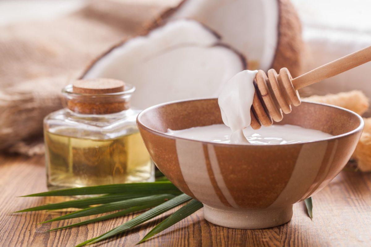 Manfaat Coconut Oil Untuk Kulit Muka dan Untuk Kesehatan yang Perlu Kamu Ketahui