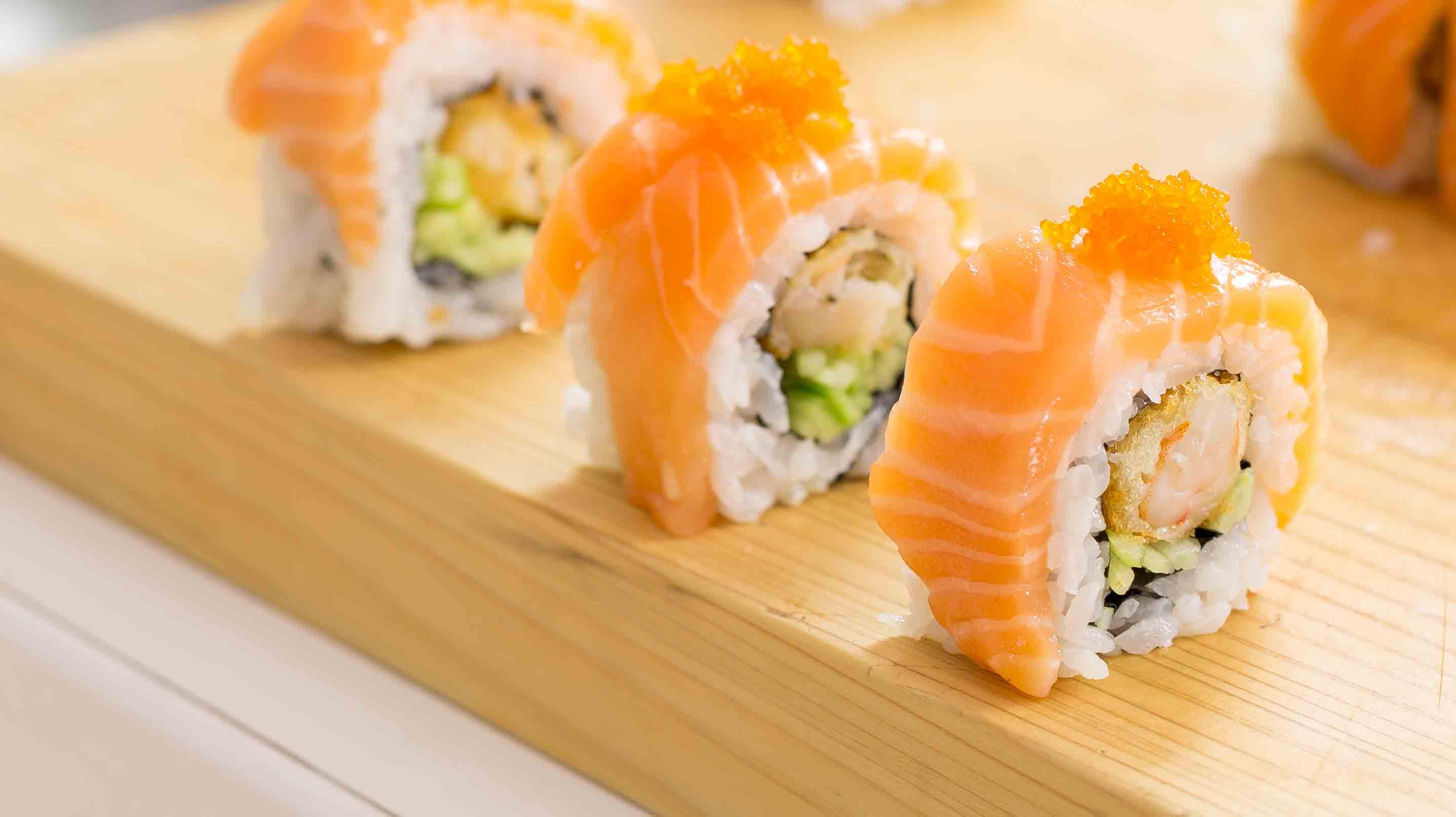 Cara Bikin Sushi Salmon